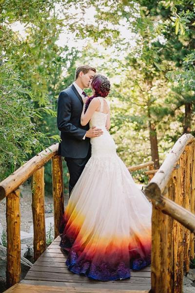 Obojaj sama svoju vjenčanicu i uživaj uz svog muža